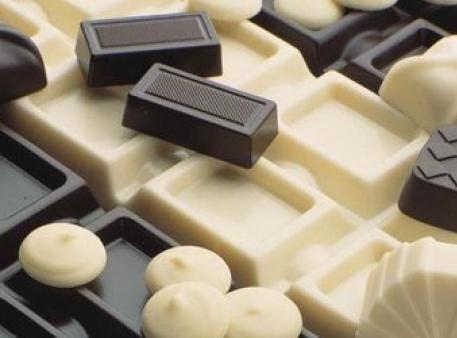 """Eksperyment """"Topiącą się czekolada"""""""