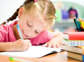 Jak pomóc dzieciom przyzwyczaić się do atmosfery szkolnej