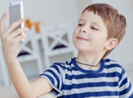 O zdrowiu dzieci w epoce technologii cyfrowych