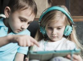 Jak zapewnić dziecku bezpieczeństwo w Internecie: 10 rad
