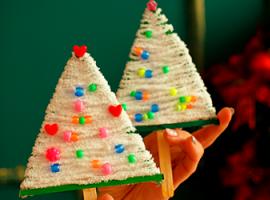 Choinka z przędzy: tworzymy dekoracje świąteczne