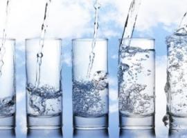 Ruch cząsteczek: wesołe eksperymenty z wodą