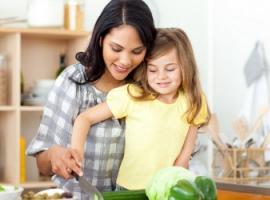 Śniadanie z rodziną kształtuje zdrowe nawyki