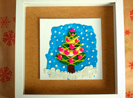 Choinka: jaskrawa ilustracja z plasteliny