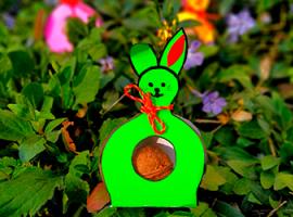 Świąteczne opakowanie z królikami: pomysł do zabawy