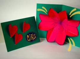 Jak wykonać pocztówkę pop-up z kwiatkiem w środku